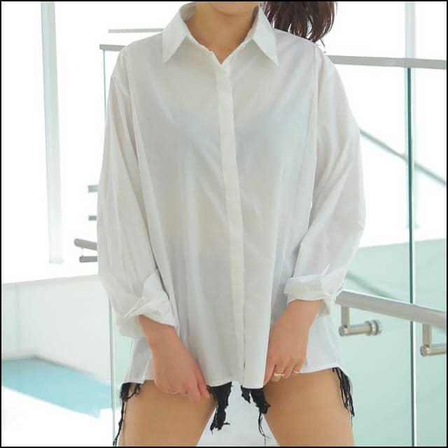 スナックの服装、シャツで勝負するならカチッと系?それともゆるふわ系?
