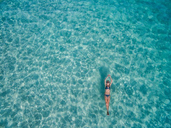海水浴 何する