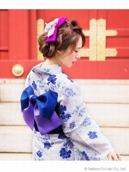 <<【浴衣の柄の種類】蝶よ花よと育てられたい「蝶柄」の特徴>>